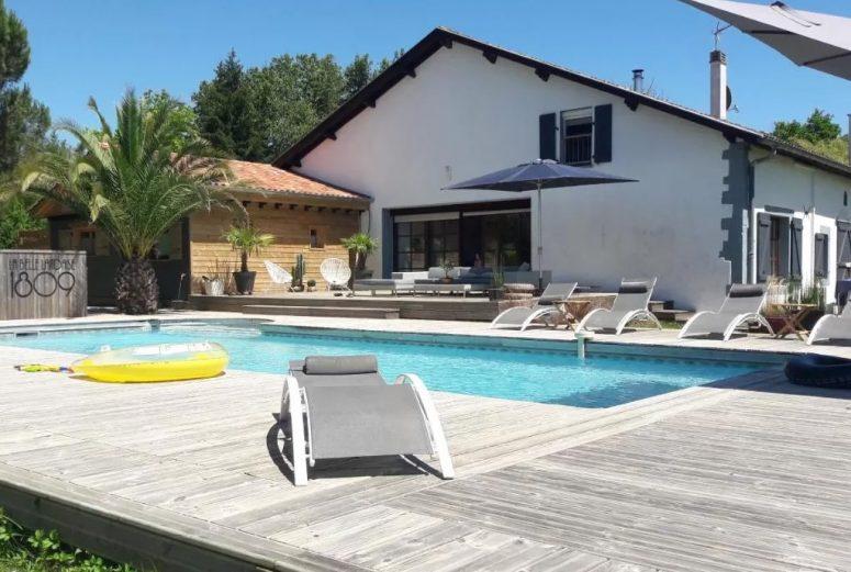 https://www.booking.com/hotel/fr/la-belle-landaise-peyrehorade.nl.html