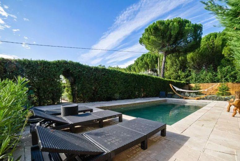 Vakantiehuis-Cozy-Villa-with-Private-Pool-in-Les-Arcs-Zuid-Frankrijk-2-personen