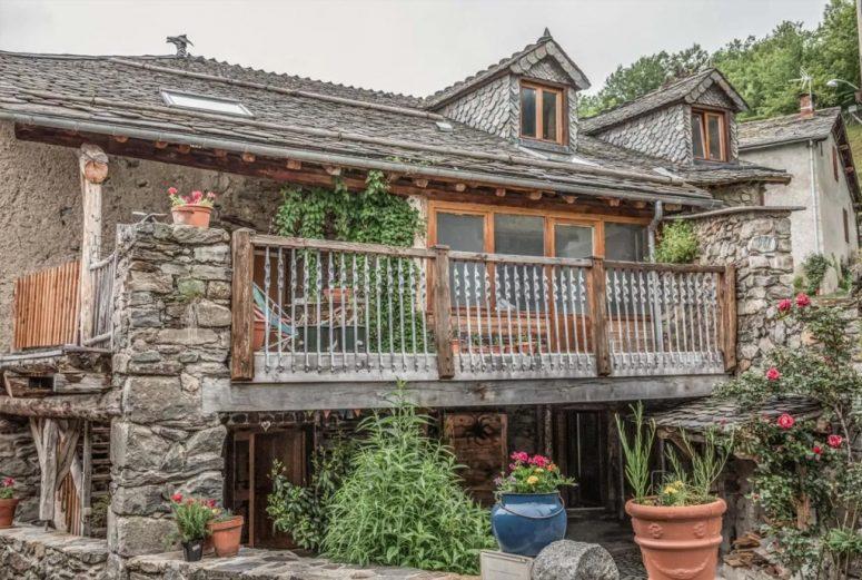 https://www.booking.com/hotel/fr/the-dragon-barn.nl.html