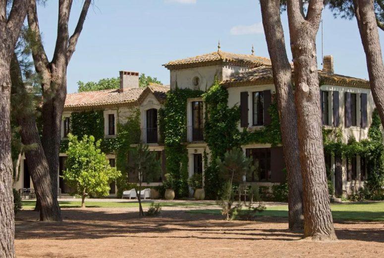 Vakantiehuis-Zuid-Frankrijk-voor-een-grote-groep-12-personen