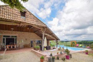 Vakantiehuis-in-Castelmoron-sur-Lot-Zuid-Frankrijk-met-uitzicht