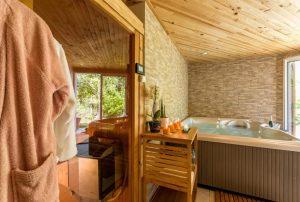 Vakantiehuis-voor-4-personen-dicht-aan-zee-met-jacuzzi-en-sauna-in-Zuid-Frankrijk