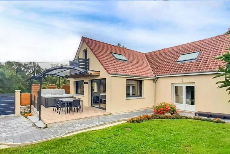 Vakantiehuis-voor-8-personen-in-Noord-Frankrijk-met-sauna-en-jacuzzi