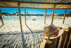Camping-in-Zuid-Frankrijk-op-4 km-afstand-van-de zee-met-4-zwembaden